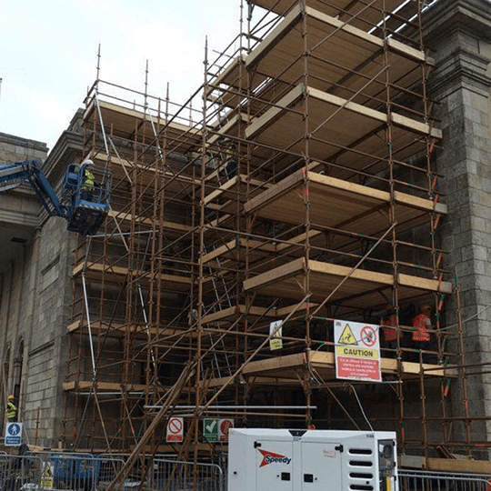 Scaffolding labourers